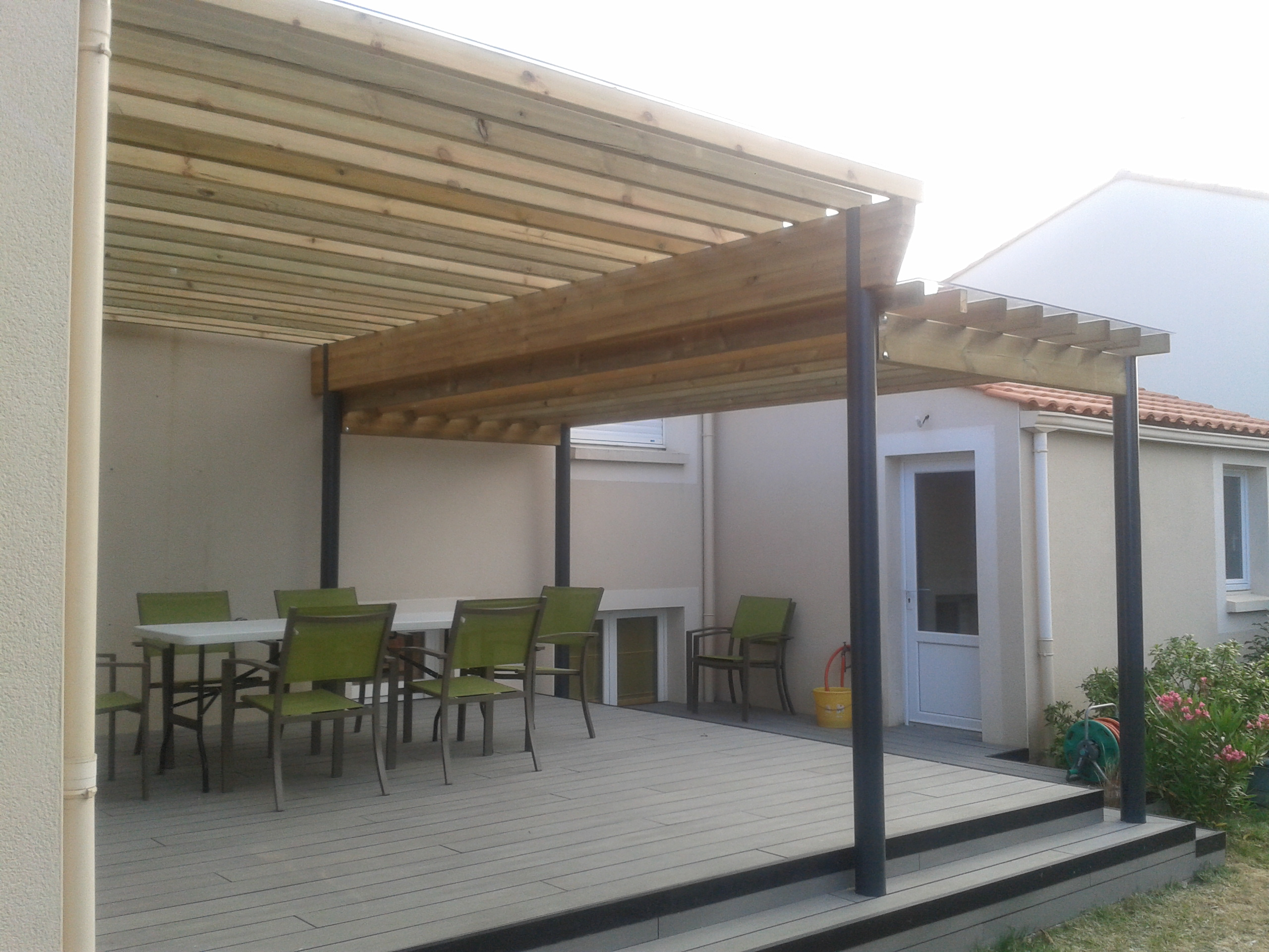 Am nagement ext rieur menuiserie guillet agencement for Terrasse en bois exterieur